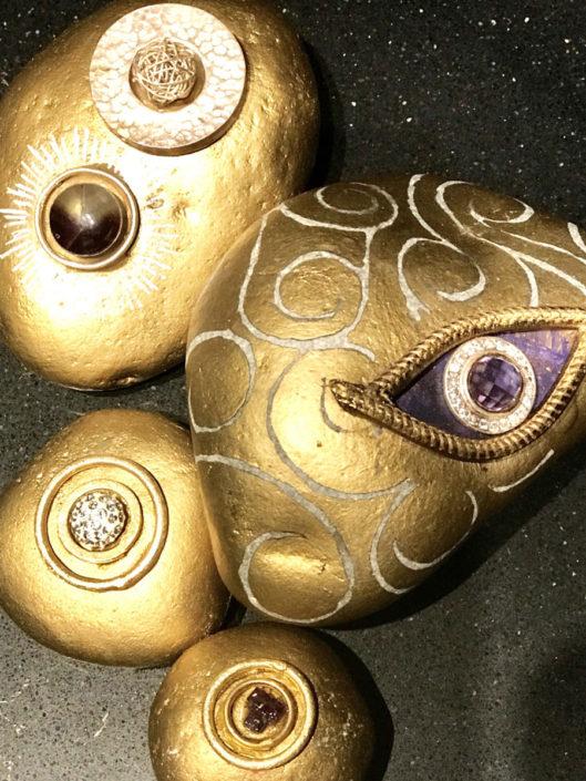 Stones Concep Gual